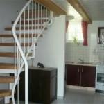 Küche mit Sitzecke, DU/WC - unten